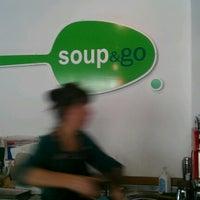 Foto scattata a Soup&Go da Richie A. il 10/25/2012