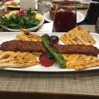 Das Foto wurde bei Kebapçı Mesut von Yasin T. am 11/12/2016 aufgenommen
