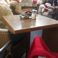 Das Foto wurde bei La Piazza Cafe Bar von Hildegard M. am 3/2/2013 aufgenommen