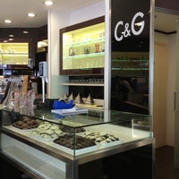 Foto scattata a C&G - Cioccolato e Gelato da Claudio B. il 10/21/2012