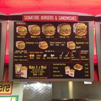 Photo taken at Fatburger by Palmer M. on 6/29/2013