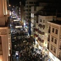 3/30/2013 tarihinde Nisan Y.ziyaretçi tarafından Demirören İstiklal'de çekilen fotoğraf