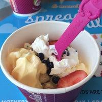 Photo taken at Menchie's Frozen Yogurt by Katherine C. on 5/13/2015