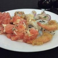 Foto tirada no(a) Keiken Sushi Bar & Restaurante por Gisele V. em 10/11/2013