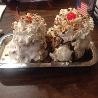 Photo taken at Jaxson's Ice Cream Parlour, Restaurant & Country Store by Katie on 7/4/2015