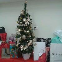Foto tirada no(a) Queensberry Viagens por Letícia M. em 12/20/2012