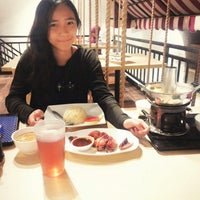 Photo taken at I-ta Suki Restaurant by Laurentia C. on 7/30/2014