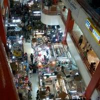 Photo prise au Pasar Pagi Mangga Dua par Ivan I. le10/21/2012
