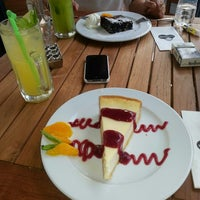 Photo taken at Shakespeare Coffee & Bistro by Gulsin Y. on 6/14/2013