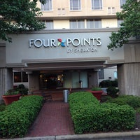 Photo prise au Four Points by Sheraton Charlotte par Ron M. le7/16/2014