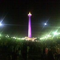 Photo taken at Monumen Nasional (MONAS) by Wishnu F. on 6/1/2013