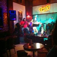 10/12/2012 tarihinde Cagri A.ziyaretçi tarafından Twist Bar'de çekilen fotoğraf