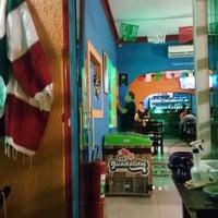 Foto tirada no(a) Los Bigotes De Frida por Wander R. em 1/29/2017