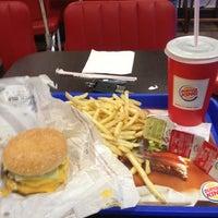 1/19/2013 tarihinde Apo C.ziyaretçi tarafından Burger King'de çekilen fotoğraf