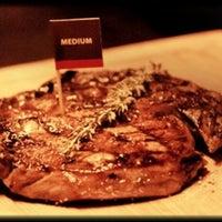 Снимок сделан в BEEF Мясо & Вино пользователем Vyachrslav R. 11/21/2012