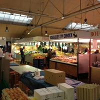 Photo taken at Marche De Gennevilliers by Hassan S. on 3/1/2013