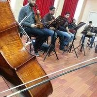 Foto tomada en Türk Musikisi Devlet Konservatuarı por Cerem O. el 2/20/2013