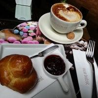 Foto tirada no(a) Oscar Café por Franqui Z. em 11/16/2012