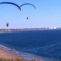 Foto tirada no(a) Punta Ballena por Rosario C. em 3/28/2013