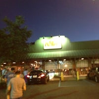 Photo taken at Cracker Barrel Old Country Store by Matty P. on 10/11/2012