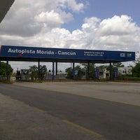 Photo taken at Estación de Cobro Mérida - Cancún by Fernando Xavier P. on 5/31/2013