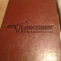 Photo taken at LongHorn Steakhouse by Chris W. on 12/12/2012
