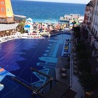 10/13/2013 tarihinde Hurol B.ziyaretçi tarafından Orange County Resort Hotels'de çekilen fotoğraf