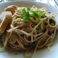 Photo taken at Restaurante Pia y Damaso by DIRNSDPYMD on 12/9/2012