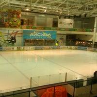 2/5/2013 tarihinde Марьянкаziyaretçi tarafından Айс Холл / Ice Hall'de çekilen fotoğraf
