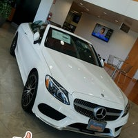 Photo taken at Mercedes-Benz of Encino by RS . on 8/18/2017