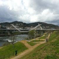 Foto tirada no(a) A Ponte do Milenio por Raquel em 3/8/2013