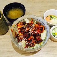 Photo taken at Shunka Japanese Restaurant by Eugenice on 6/13/2017