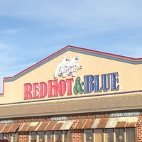 Photo taken at Red Hot & Blue  -  Barbecue, Burgers & Blues by Michael S. on 1/7/2013