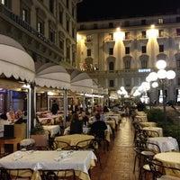 Foto scattata a Caffè Concerto Paszkowski da Daria Y. il 10/23/2012