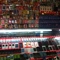 Снимок сделан в ร้านเอ็กซ์โฟน пользователем X N. 10/8/2012