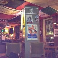 10/29/2012 tarihinde Gerda A.ziyaretçi tarafından Navy Jerry's Rum Bar'de çekilen fotoğraf