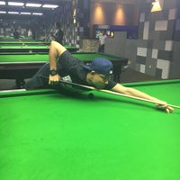 Photo taken at Red Ball Snooker by Muhammad Y. on 1/29/2017