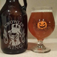 Photo taken at Growler King at Quality Market by Eddie M. on 10/24/2013