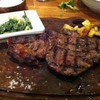 12/1/2012 tarihinde Fatma A.ziyaretçi tarafından Günaydın Steakhouse'de çekilen fotoğraf