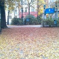 Photo prise au Viktoria-Luise-Platz par Itai B. le10/23/2012
