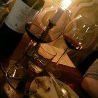 Das Foto wurde bei Briefmarken Weine - Grande Vini Piccola Cucina von Freulein A. am 9/19/2015 aufgenommen