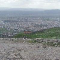 3/15/2013 tarihinde Zeynep K.ziyaretçi tarafından Bergama Kalesi Akropol'de çekilen fotoğraf