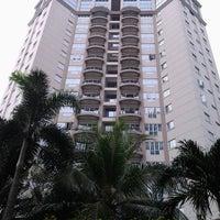Photo taken at Shangri-La Hotel by Liana N Permadi H. on 5/31/2013