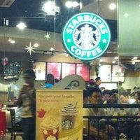 Photo taken at Starbucks by Mohd Khairol J. on 11/13/2012