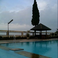 Photo taken at Foresta Inn Swimming Pool by ale 4. on 12/7/2012
