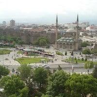 5/12/2013 tarihinde Seyfi Ç.ziyaretçi tarafından Cumhuriyet Meydanı'de çekilen fotoğraf