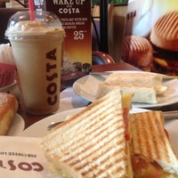 Photo taken at Costa Coffee by Vinicius M. on 12/9/2012