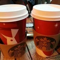 1/13/2013 tarihinde Ezgi B.ziyaretçi tarafından Starbucks'de çekilen fotoğraf