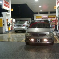 Photo taken at Shell Bandar Kinrara 5B by Faizal z. on 12/16/2012