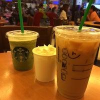 Photo taken at Starbucks by Eric S. on 11/2/2014
